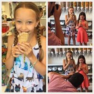 Picture Shame On JaneJewelry at Hll of Scoops